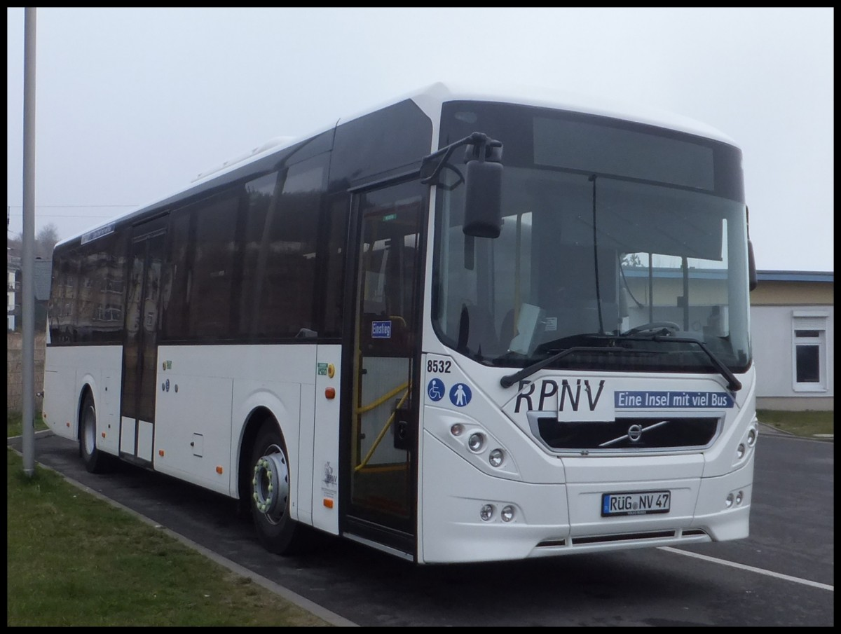Volvo 8900 der RPNV in Sassnitz am 06.04.2014