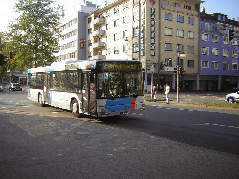 hier ist ein bus von baron reisen zu sehen der wagen f hrt die linie 168 bus. Black Bedroom Furniture Sets. Home Design Ideas
