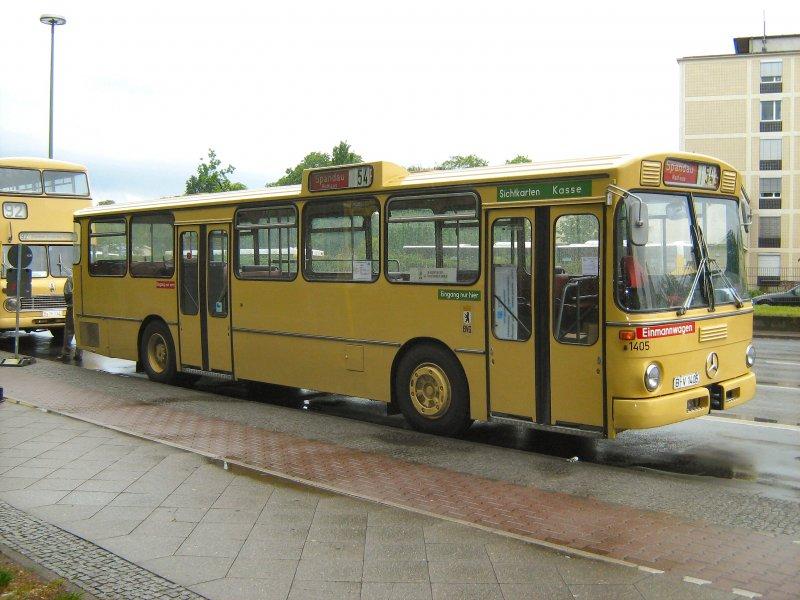 mercedes benz stadtbus anl lich der sonderfahrten mai 2007 in berlin spandau bus. Black Bedroom Furniture Sets. Home Design Ideas