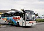 Mercedes Tourismo von Pulay Reisen aus Niederösterreich in Krems gesehen.