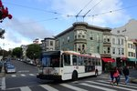 Bus United States of America (USA): Bus San Francisco (Kalifornien): Škoda 14TrSF, ein O-Bus mit der Wagennummer 5585 der San Francisco Municipal Railway (MUNI), aufgenommen im April 2016 im