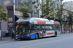 New Flyer Trolleybus E40LFR 2204, auf der Linie 16, unterwegs in Vancouver.