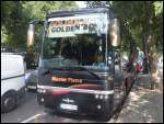 Van Hool T915 von Golden Boy aus England in London am 26.09.2013