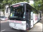 Van Hool T915 von Lynns Travel aus England in London am 26.09.2013