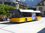 Postauto - Solaris  BE  610538 bei den Bushaltestellen vor dem Bahnhof in Interlaken West am 06.05.2016