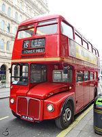 Der AEC Routemaster RM2050 in London (März 2013)