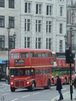 Der AEC Routemaster RM1218 unterwegs in London. (März 2013)