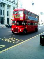 LONDON, 23.06.2003, Buslinie 15 vom Trafalgar Square nach Paddington -- Foto eingescannt