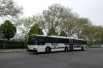 Bus United States of America (USA): Bus New York City (New York) / Bus Westchester County: Neoplan AN460 - Gelenkbus des Bee-Line Bus System, aufgenommen im Mai 2016 am Bedford Park im Stadtteil Bronx