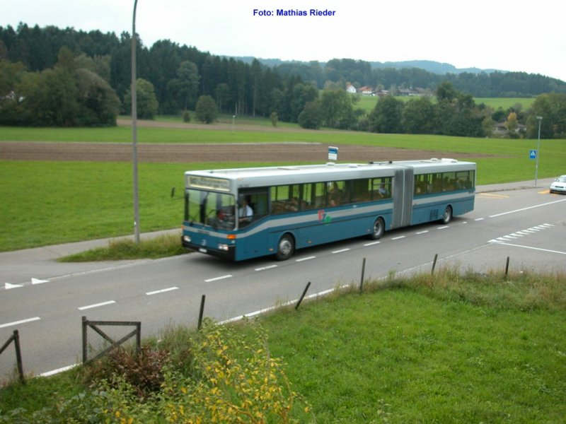 VZO Gelenkbus in Oetwil am See am 26.09.2005